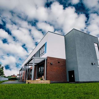 Exterior view of Springwell Alternative Academy Lincoln
